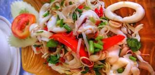 Hướng dẫn chi tiết cách chế biến gỏi tôm mực Thái Lan ngon hết nấc