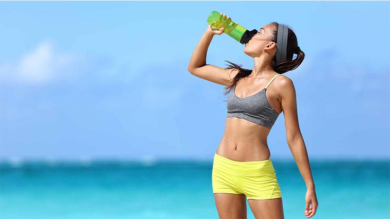 Uống nước trước khi tập luyện