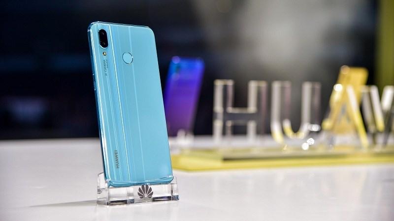 Huawei Nova 3i là smartphone đầu tiên được trang bị chip Kirin 710