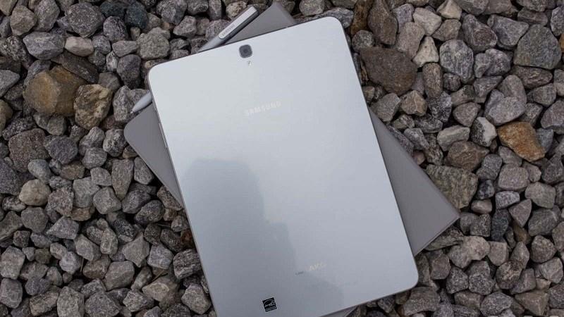 Firmware Galaxy Tab S4 hé lộ máy sẽ có Intelligent Scan