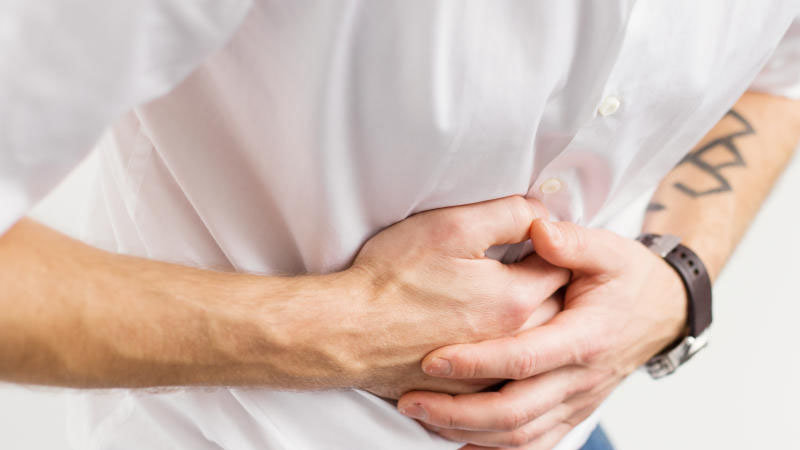 Người có vấn đề về đường tiêu hóa thì không nên ăn nhiều bơ dễ gây đau bụng, tiêu chảy