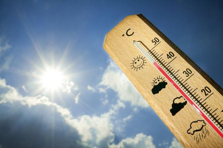 Tránh làm việc và ra ngoài khi nhiệt độ ngoài trời quá cao