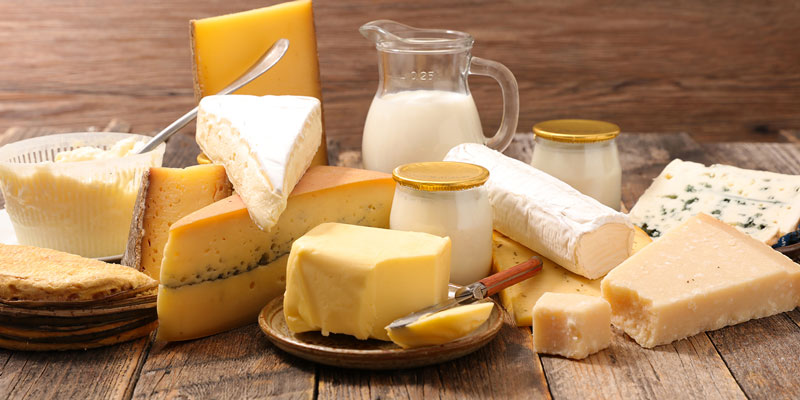 Bơ và phô mai có gì khác? Loại nào tốt hơn