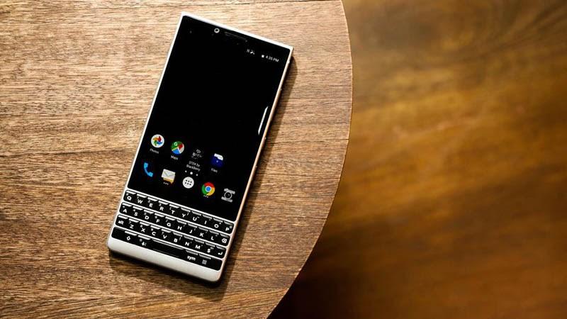 BlackBerry KEY2 chính thức ra mắt tại Việt Nam, giá 16.99 triệu