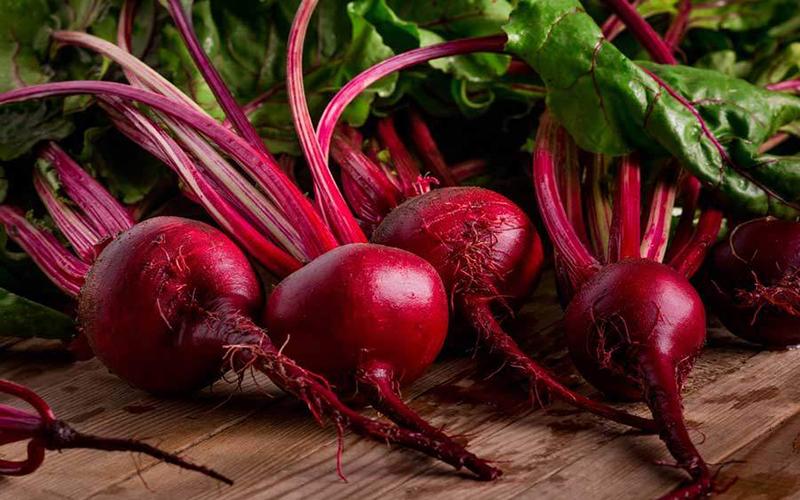 Củ dền chứa nhiều vitamin và chất khoáng giúp da hồng hào và trắng sáng hơn
