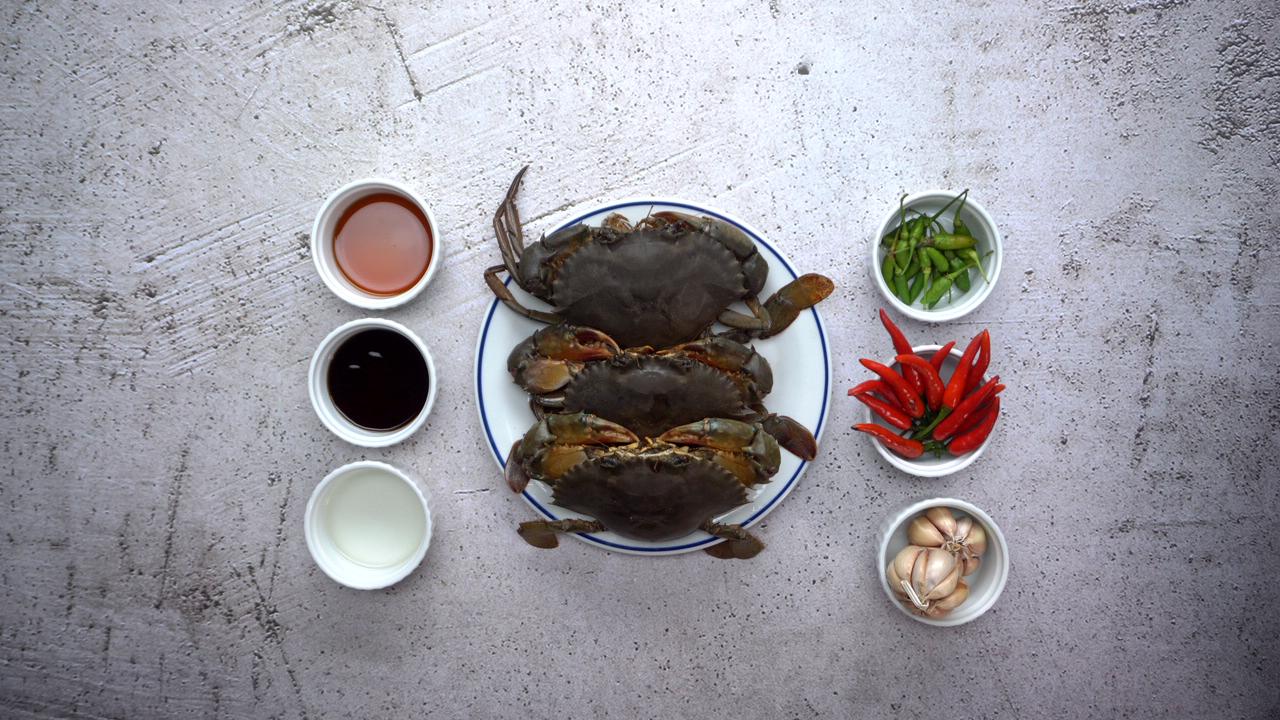 Nguyên liệu làm món cua sốt Thái