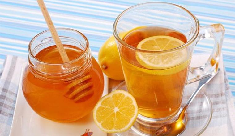 Bạn nên uống chanh mật ong vào buổi sáng với 7 lý do sau đây