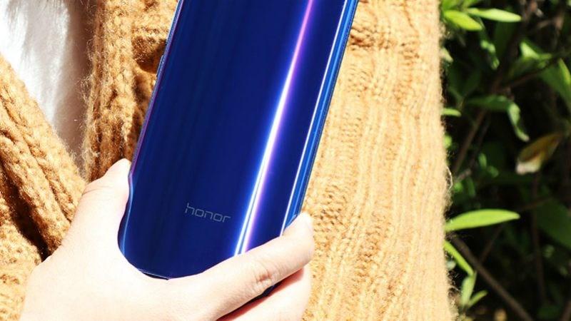 Honor Note 10 chính thức ra mắt: Phablet giải trí đỉnh cao