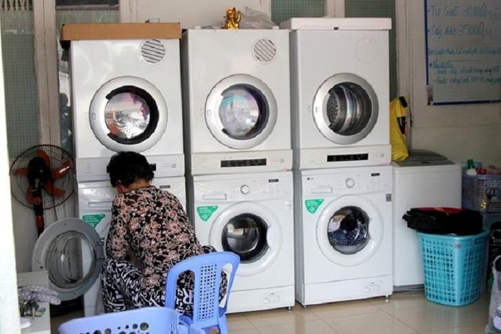 chọn máy giặt lồng ngang tiết kiệm diện tích