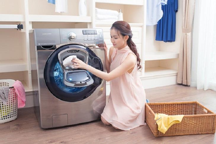 máy giặt lồng ngang tiết kiệm nước