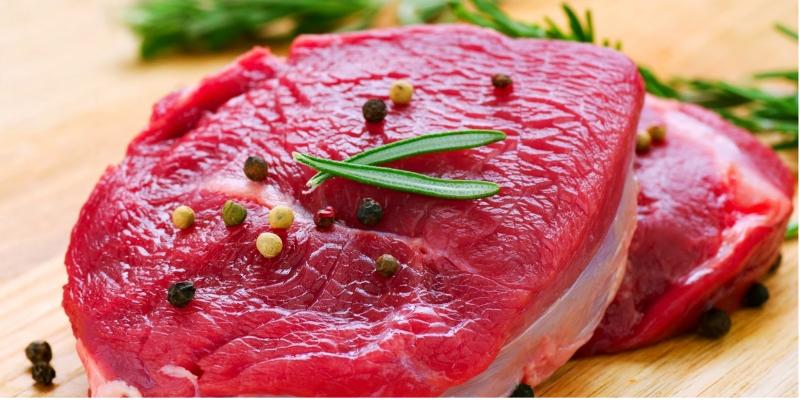 Thịt bò khiến vết thương sậm màu và để lại sẹo thâm khi lành