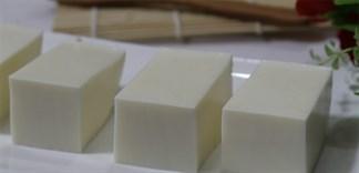 Cách làm món bánh sữa thơm ngon đãi hội bạn thân đầu năm học