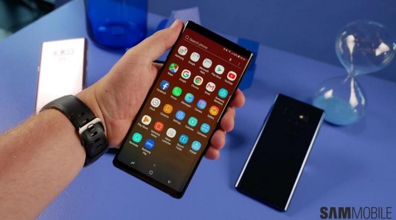 Trên tay và đánh giá nhanh Galaxy Note 9: Ngai vàng trở lại?