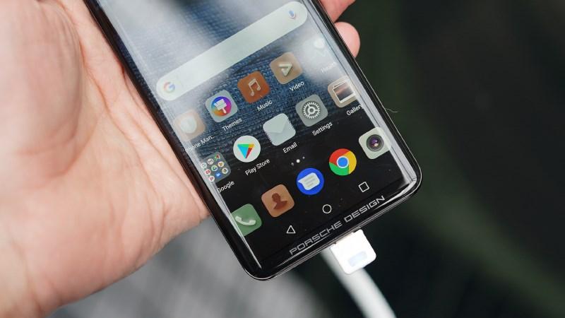 Top 10 phiên bản smartphone đặc biệt siêu ngầu trên thị trường 5