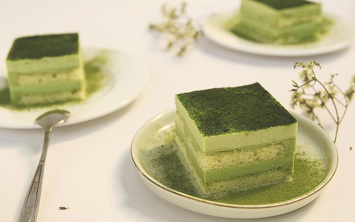 Bánh mousse matcha trà xanh