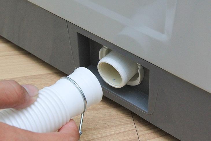 sử dụng ống xả nước phù hợp