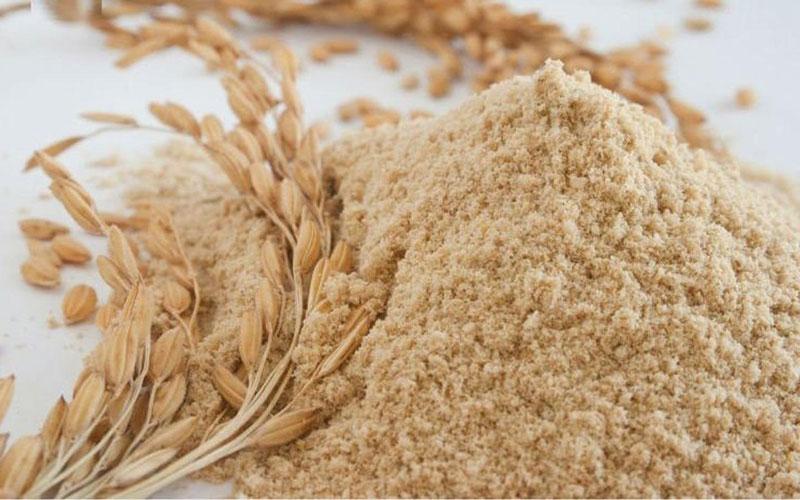 Cám gạo chính là một nguồn cung cấp chất xơ tốt nhất cho những người thiếu hụt chất xơ, hay những người muốn giảm cân
