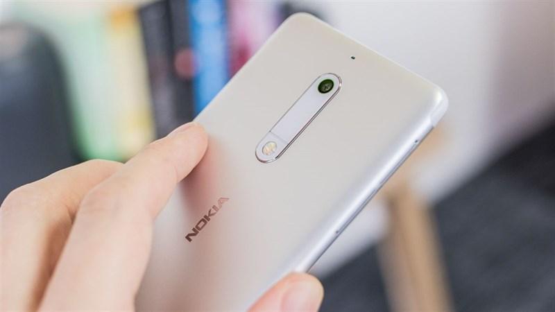 Nokia 3, Nokia 5 giảm giá tốt khi mua online