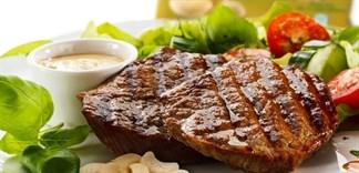 Mẹo làm món bò bít tết mềm thơm, không dai