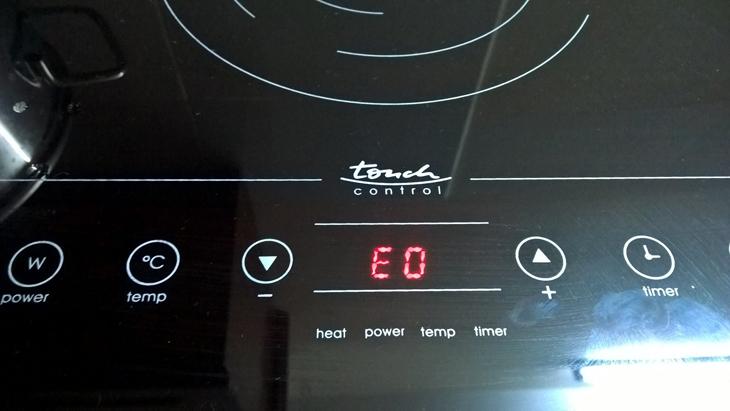 Nhược điểm của bếp điện là có thể bị mắc lội kỹ thuật