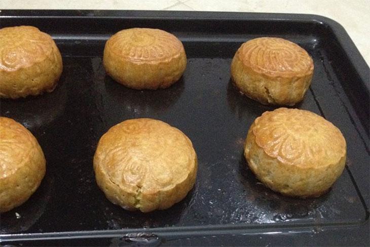 Bánh bị nứt sau khi nướng