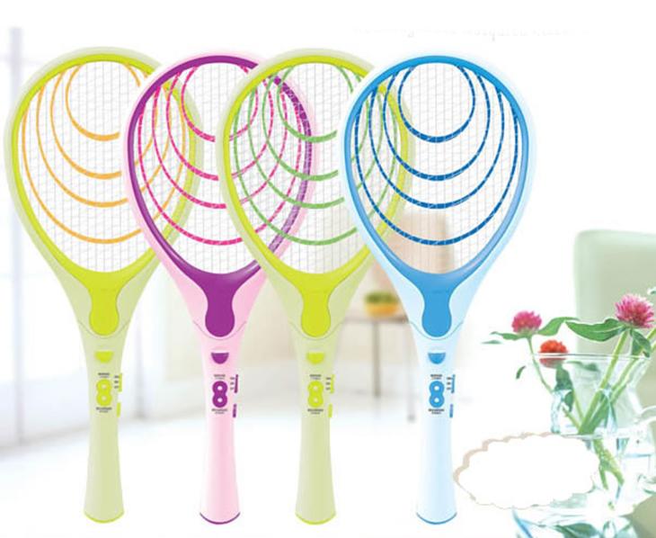 Không cho trẻ em chơi đùa với vợt bắt muỗi