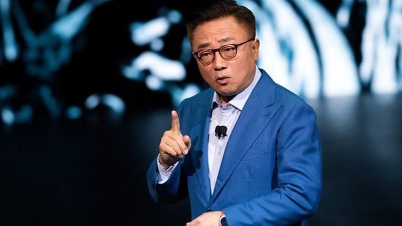CEO Samsung Mobile: Smartphone màn hình gập có thể ra mắt tháng 11