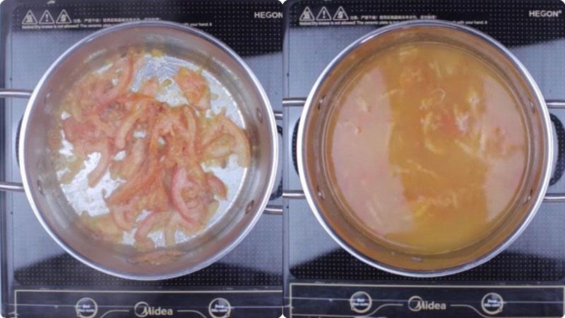 Việc xào cà chua sẽ giúp món canh có màu đẹp và nhìn ngon miệng hơn.