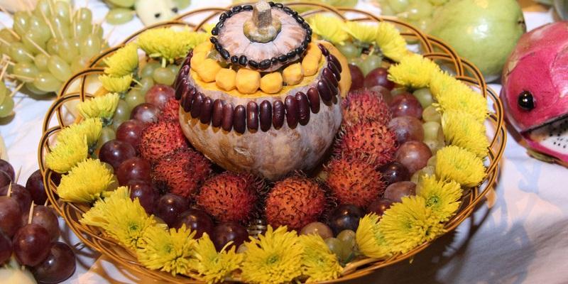 Tháp hoa quả