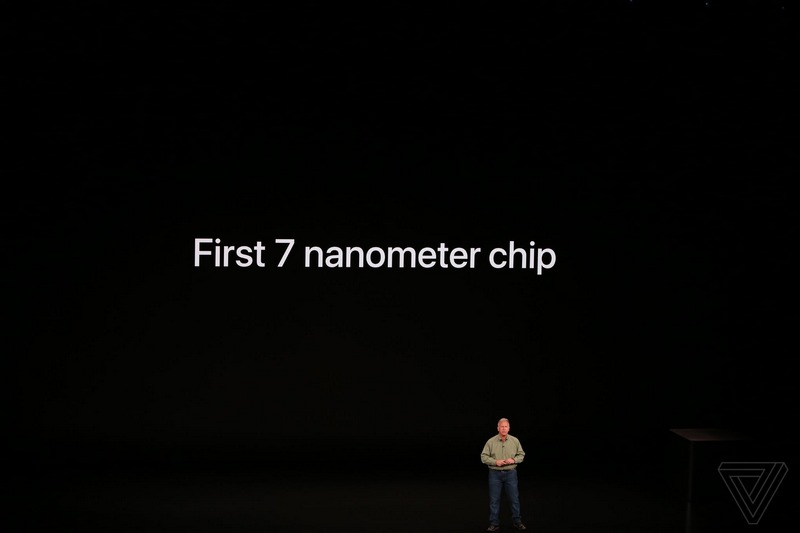 Chi tiết chip Apple A12 Bionic bên trong iPhone Xs, iPhone Xs Max
