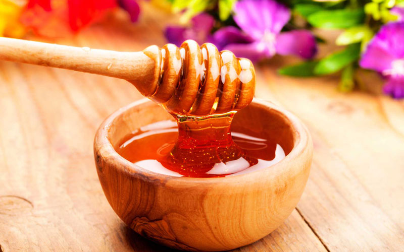 Món thức uống dinh dưỡng đứng đầu danh sách mà lại còn giúp ngủ ngon hơn đó chính là nước mật ong