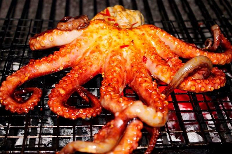 Bước 3 Nướng bạch tuộc Bạch tuộc nướng sa tế