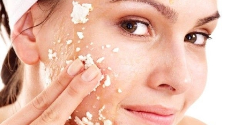 Chăm sử dụng bã đậu nành để làm mặt nạ, rửa mặt hằng ngày giúp da mịn đẹp hơn
