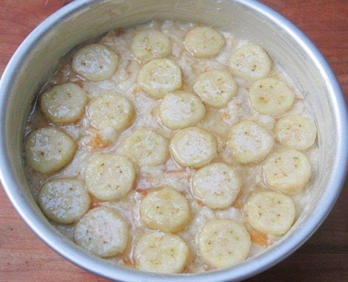 Bước 5 Cho hỗn hợp bánh vào khuôn nướng Bánh chuối nướng