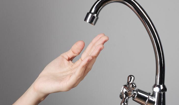 Không có nước chảy ra khi mở vòi lấy nước