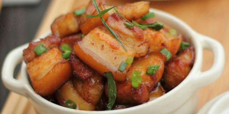 Thịt lợn chiếm đến 30 - 50% khẩu phần ăn hàng tuần của mỗi gia đình.