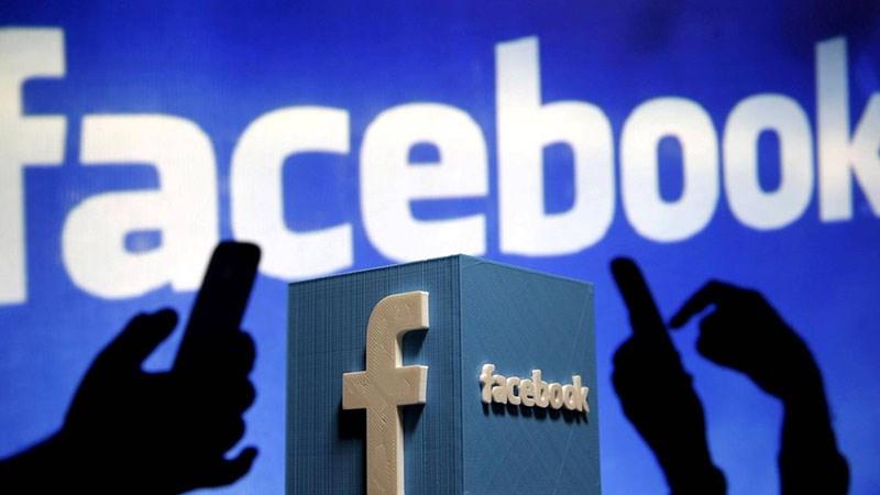 Facebook bị hack, thoát ra liên tục