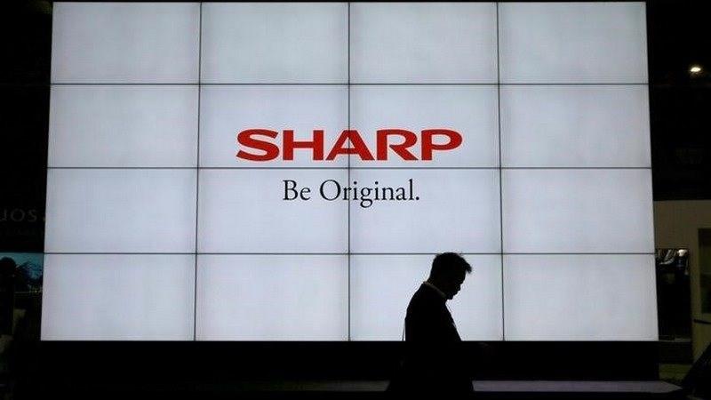 Sharp trở lại thị trường PC: Mua 81% cổ phần bộ phận máy tính Toshiba