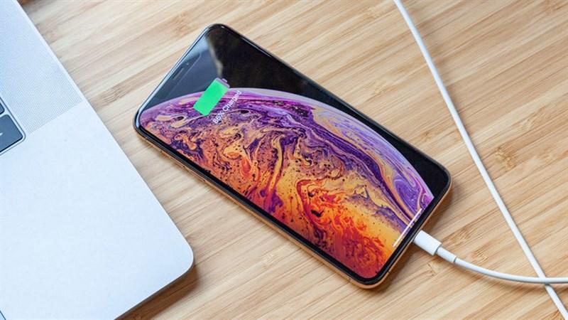 Consumer Reports: iPhone Xs có thời lượng pin cải tiến nhưng Galaxy Note 9 vẫn là số 1