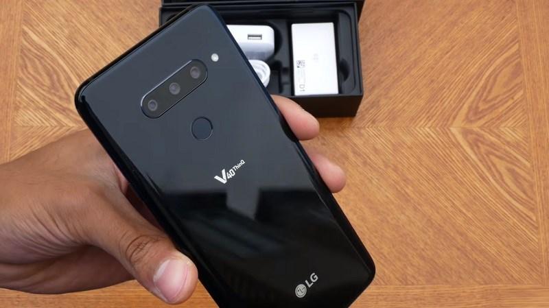 Đập hộp LG V40 ThinQ: 3 camera, gấp 3 niềm vui