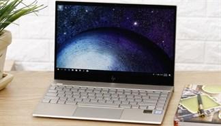 Cuộc sống mà, cứ cuối tuần là laptop có nhiều khuyến mãi khủng!