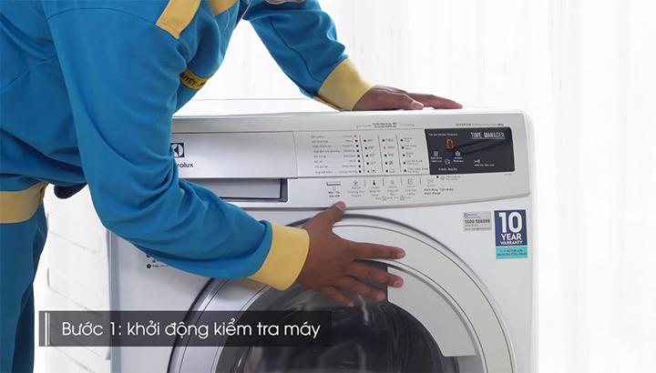Kiểm tra tình trạng máy giặt trước khi vệ sinh