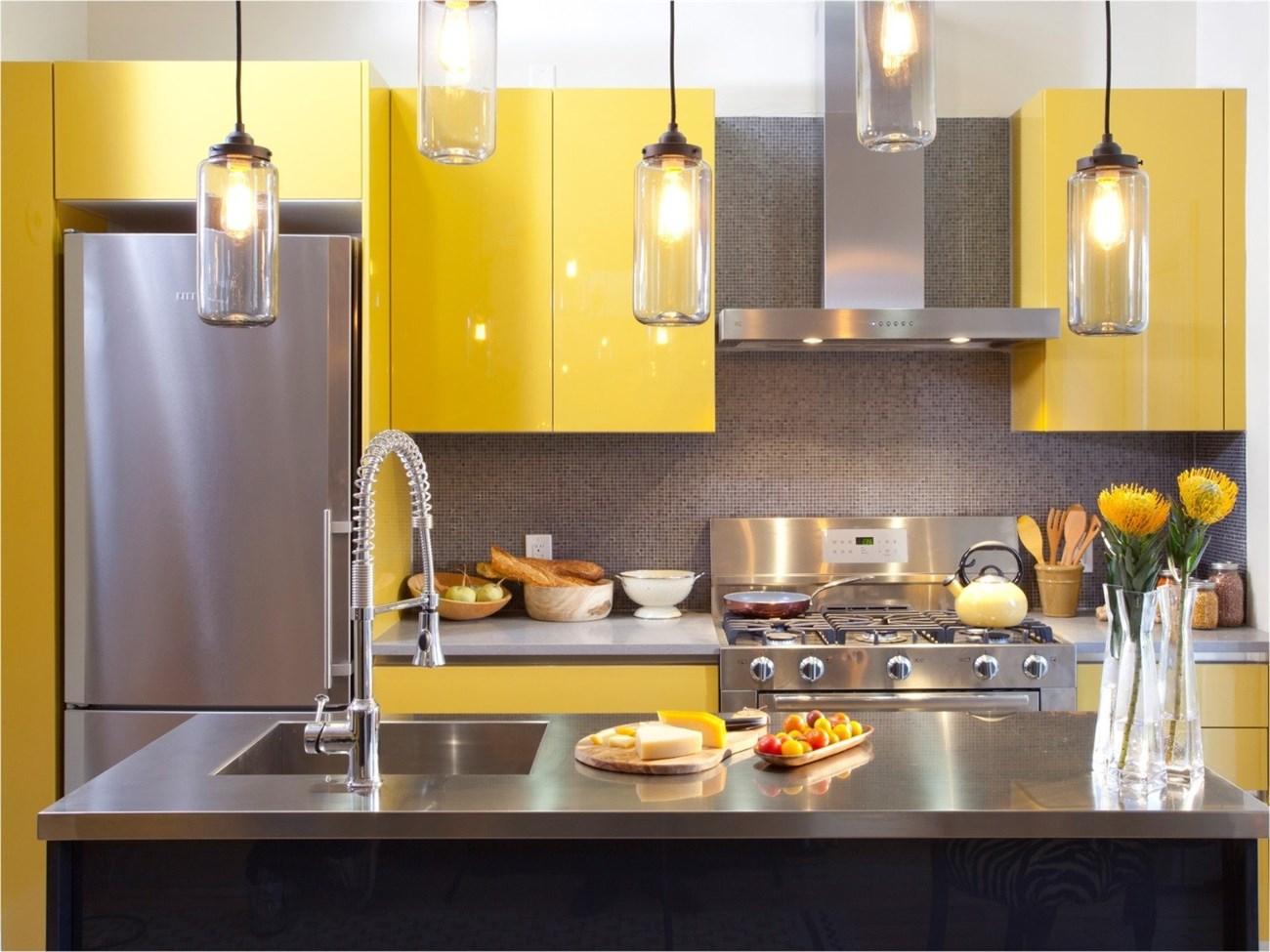 Tủ bếp màu sắc tạo điểm nhấn cho căn bếp của bạn