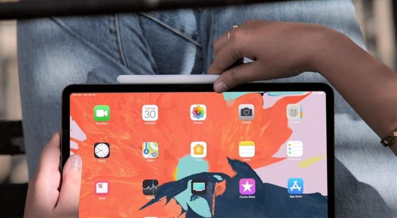 Mời xem video giới thiệu iPad Pro, MacBook Airi và Mac Mini 2018