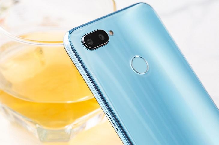 Điện thoại Realme có camera chụp xóa phông