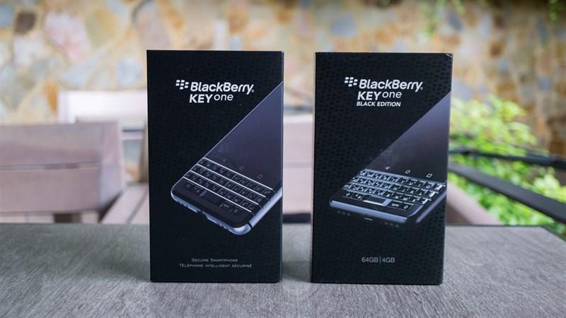 Mở hộp và chia sẻ nhanh giữa BlackBerry KEYone và KEYone Black Edition