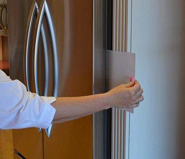 cách kiểm tra cửa tủ lạnh