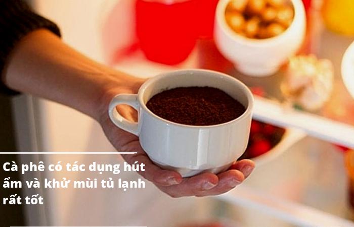 Khử mùi bằng bột hay bã cà phê