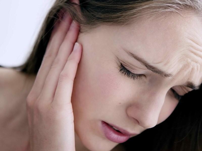 Hệ quả nguy hiểm của việc bị côn trùng chui vào tai