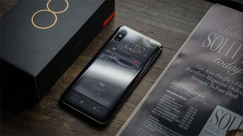 Mi 8 Pro mặt lưng trong suốt, chip Snap. 845, RAM 8GB mở bán tại Thế Giới Di Động